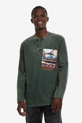 Tricou verde decolorat