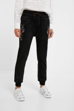 JEANS JOGGER CU BRODERIE